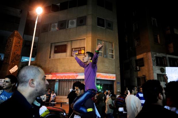 Betoging aan de Nijl in Cairo tegen militaire processen van burgers en tegen het legerregime.